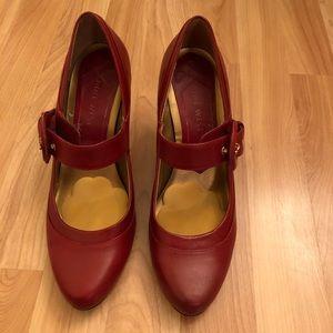 Nine West heels. EUC. Size 7.5